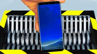 SAMSUNG GALAXY S10 vs INDUSTRIAL SHREDDER