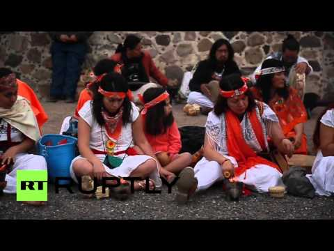 Mexico: Visitors flock to Pyramid of the Sun to welcome vernal equinox