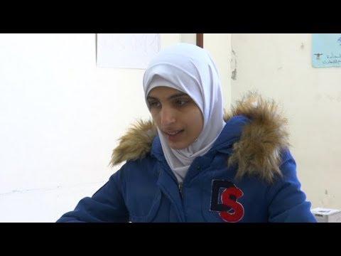 ربى الرياحي.. أول كفيفة تنضم لنقابة الصحفيين الأردنيين  - 11:55-2019 / 3 / 22