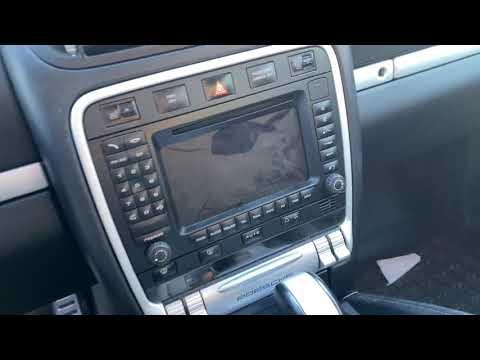 Porsche Cayenne Radio ausbauen