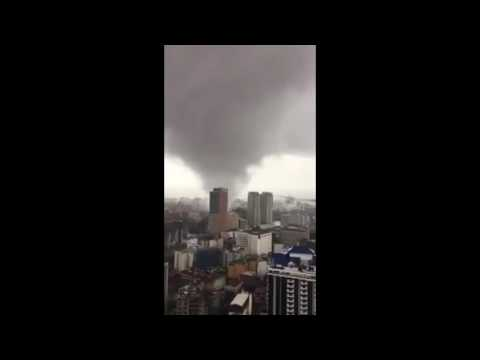Powerful twister hits Manila, Philippines
