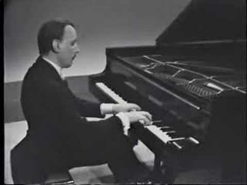 Arturo Michelangeli - Debussy Reflets dans l'eau