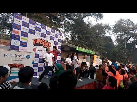 Super Sikh Run - Some Dance Number