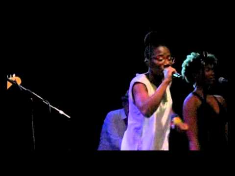 Asa - Dreamer Girl (Live in Madrid 2011)
