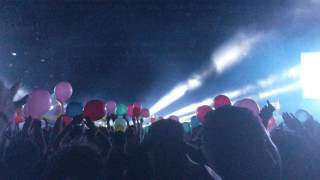 Justice LIVE Safe Sound Balloon Intro Coachella 2017 Weekend 2 4K