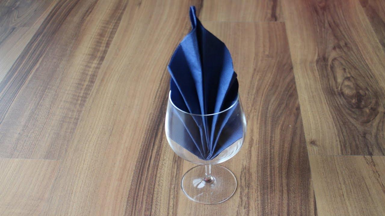 servietten falten 39 glasbl te 39 f r hochzeit geburtstag. Black Bedroom Furniture Sets. Home Design Ideas