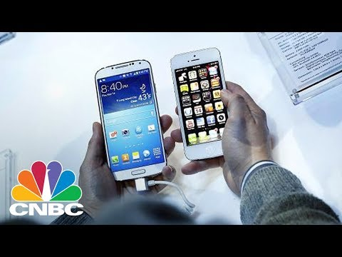 Apple And Samsung Competing For 'Latest And Greatest' Smartphone: Guggenheim Analyst | CNBC