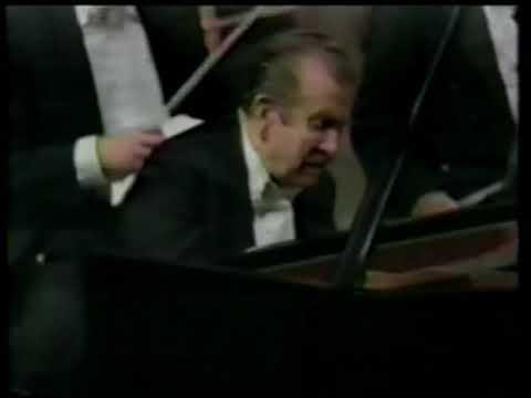Arrau plays Liszt. Piano concerto 2 (Ceccato / NHK, 1981, TV broadcasting)