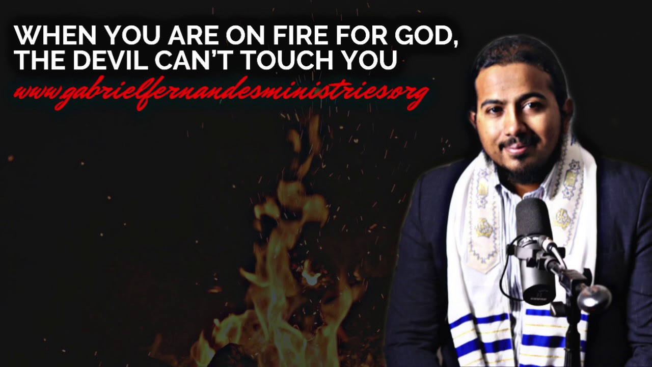 WHEN YOU ARE ON FIRE FOR GOD, THE DEVIL WILL STRUGGLE TO PULL YOU DOWN, POWERFUL MESSAGE & PRAYE