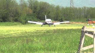 Piper PA-32 Cherokee Six Landing and Take off S.Mauro Fly