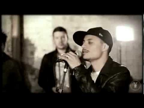 José James - Trouble (AllSaints Basement Sessions)