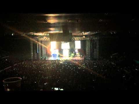 Ed Sheeran - Prague 2015 - Concert Entrance (VIP Box) HD