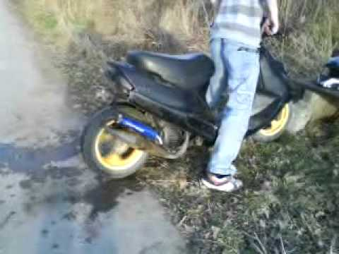 kymco kb 50 burnout - youtube