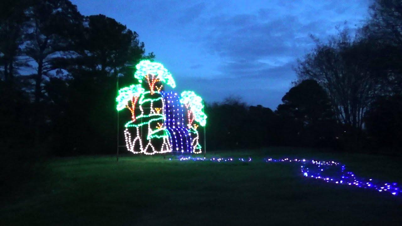 Christmas Tree Lights At Meadowlark Botanical Gardens - Norfolk ...