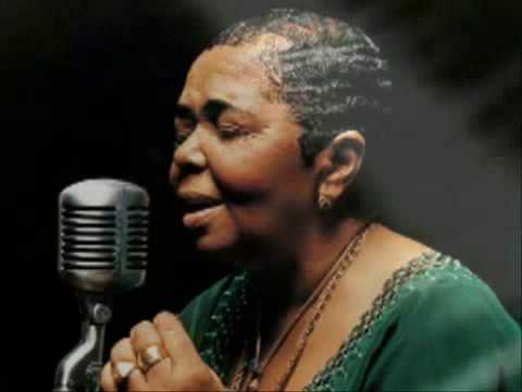 Cesária Évora - Besame Mucho mp3 indir