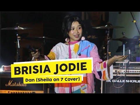 """[HD] Brisia Jodie - Dan """"Sheila on 7 Cover"""" (Live at Festival Alun Alun Selatan)"""