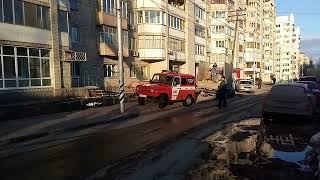 Возгорание на Кузнечной. Пожарные развернули лестницу на 6-й этаж