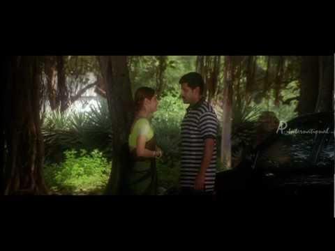 Kadhal Sadugudu - Priyanka consoles Vikram