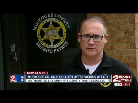 Muskogee County deputy attacked, knocked unconscious; deputies searching for suspects