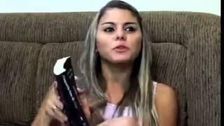 Vídeo engraçado homem deixa de fazer loucuras com a mulher para ir ver jogo