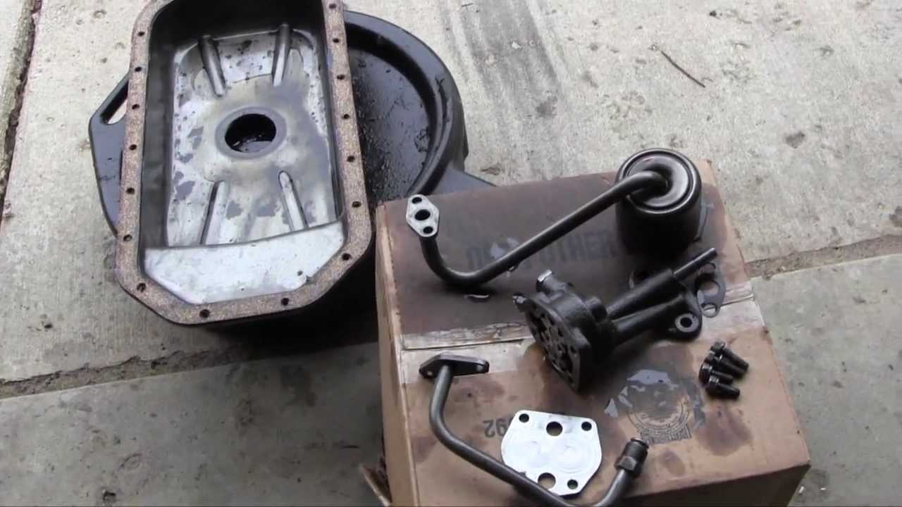 Ford Jubilee NAA Tractor Engine Rebuild Part 17 Oil Pump ...