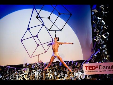 Recirquel - Több, mint cirkusz | Bence Vági | TEDxDanubia