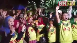 Penyokong Kedah teruja naik bas ke Stadium Shah Alam