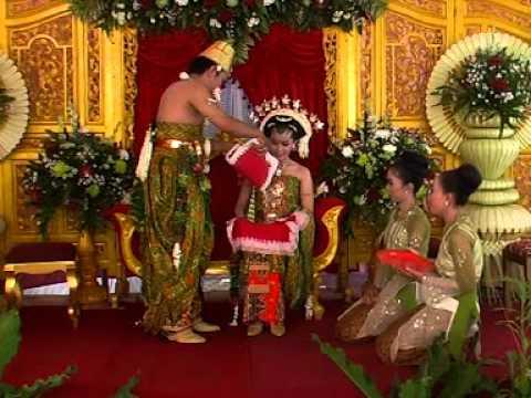 MC Narasi Upacara Panggih Pengantin Jawa