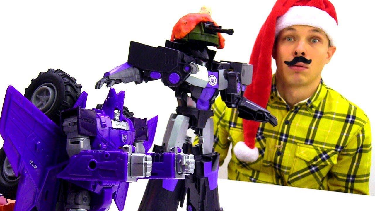 Федор и Бамблби нарядили Десептиконов. Новогоднее видео с Трансформерами.