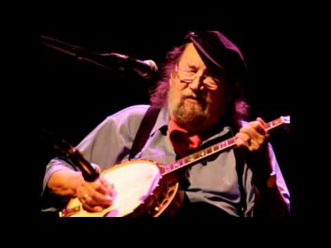 The Dubliners (Barney McKenna) - The maid behind the bar (Live in Stuttgart, 2011)