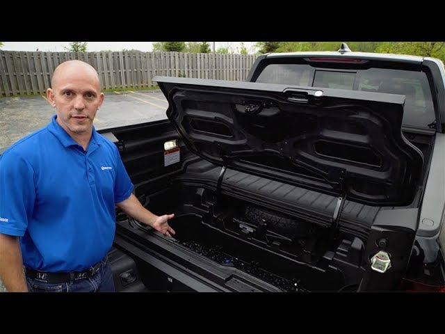 2018 Honda Ridgeline Tips & Tricks: How to Use the In-Bed Trunk Cooler Drain