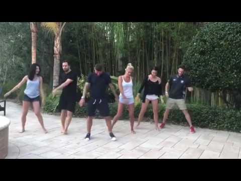 Antonio Nocerino danza di gruppo: balla come il Papu Gomez!