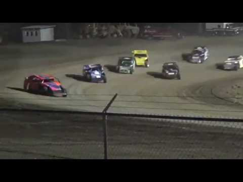34 raceway feature4 April 22