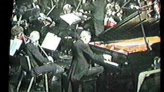 Life with Lewis Dalvit: Lewis conducts Grant Johannesen, 2nd movement, Chopin Piano Concerto #2 Thumbnail