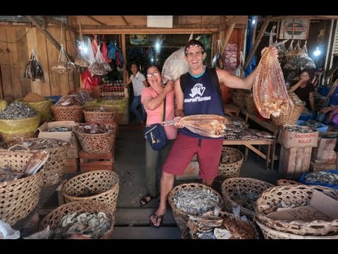 COOKING GIANT DRIED FISH IN THE PHILIPPINES!