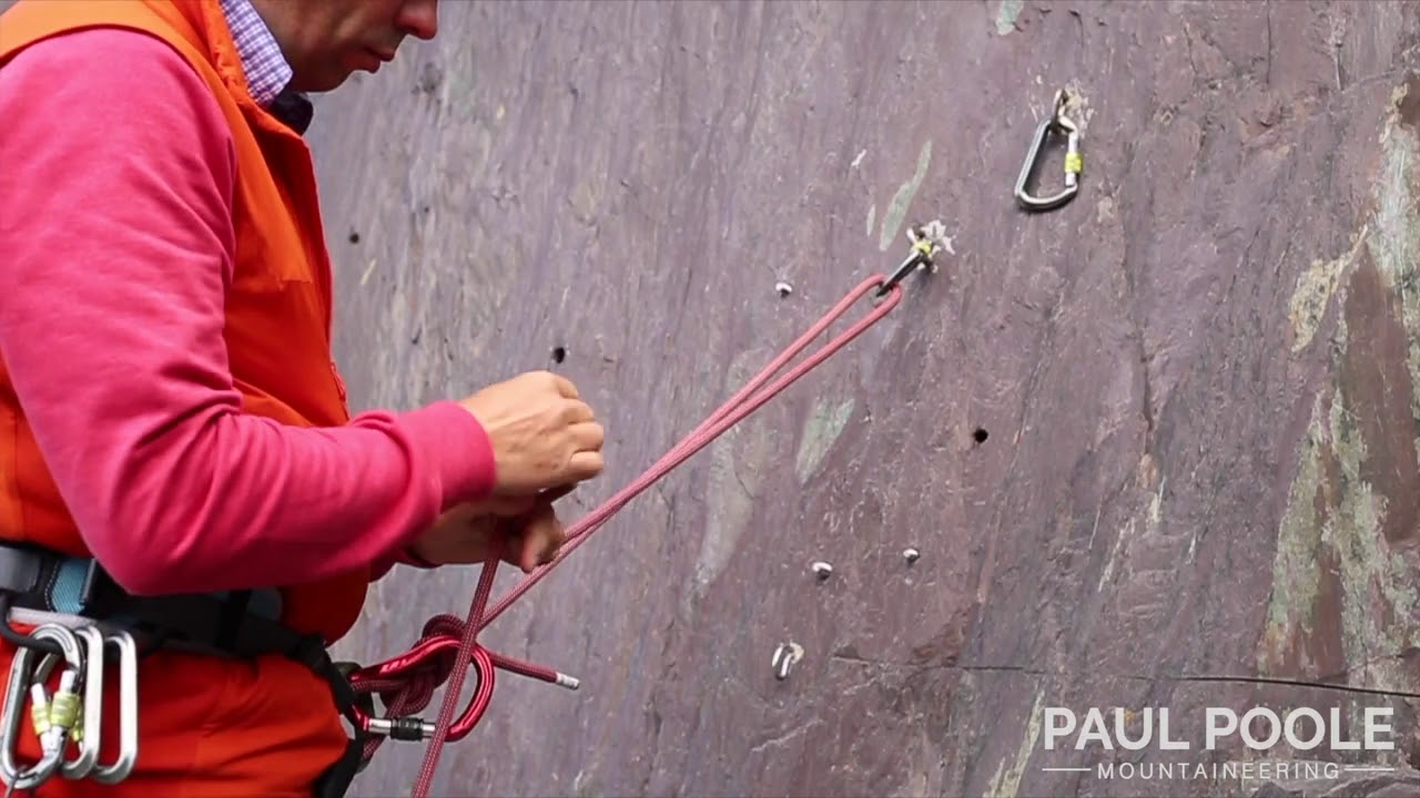 Building a Climbing belay with the rope to 2 anchor points