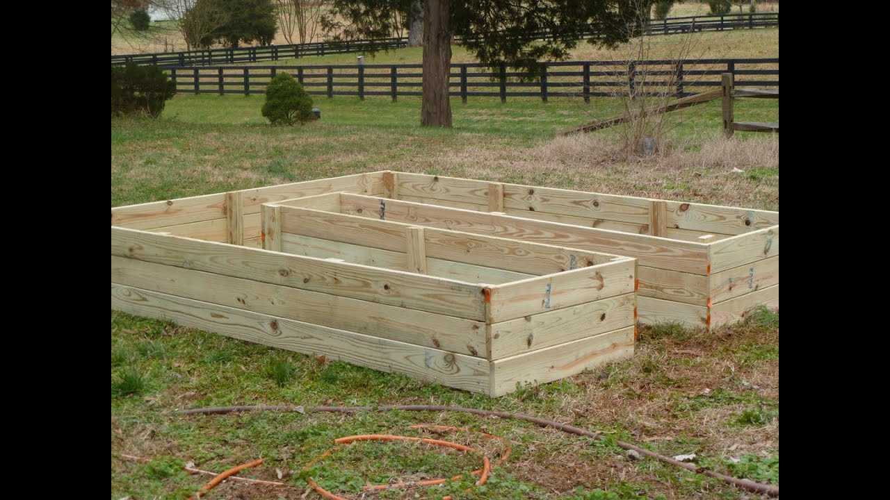 Building A Raised Horseshoe Garden Bed Pt 1 Youtube
