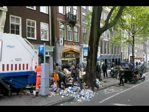 "Cleaning ""Funky""  Amsterdam"