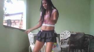 Raquel dançando 21 aninhos.avi