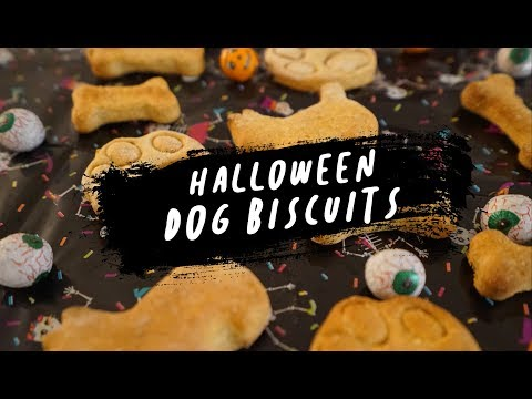 trick-or-treat-halloween-dog-biscuits-#treatthypooch