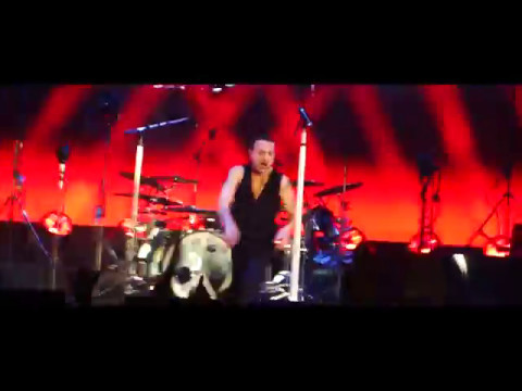 Depeche mode personal jesus live arena sto ice - Depeche mode in your room live 2017 ...