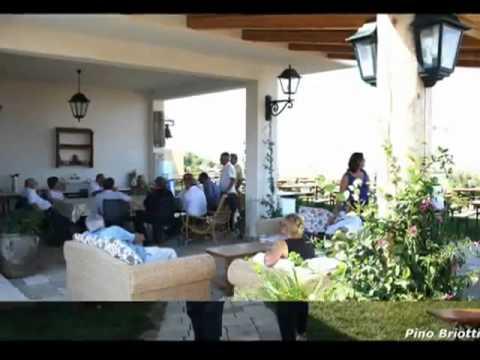 Antonello De Pierro partecipa al party a casa di Antonio Di Pietro in Molise (versione 17)из YouTube · Длительность: 4 мин11 с