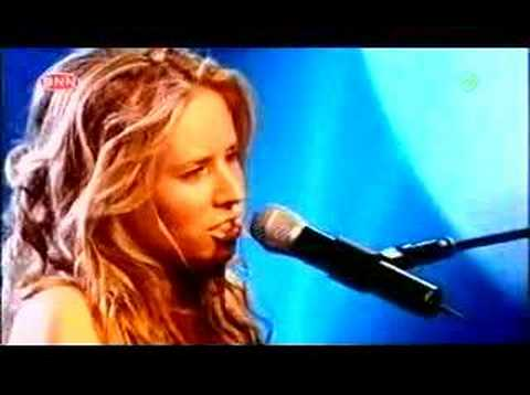 2005-04-29 - Lucie Silvas - The Game is Won (Live @ TOTP)