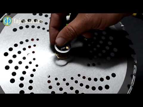 Как поставить диск на бензокосу видео