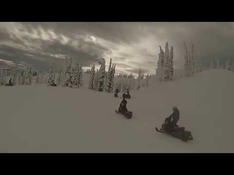 Snowmobiling at boulder mountain