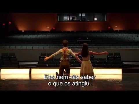 Glee.S03E01 - ding dong the witch is dead - Kurt e Rachel.wmv