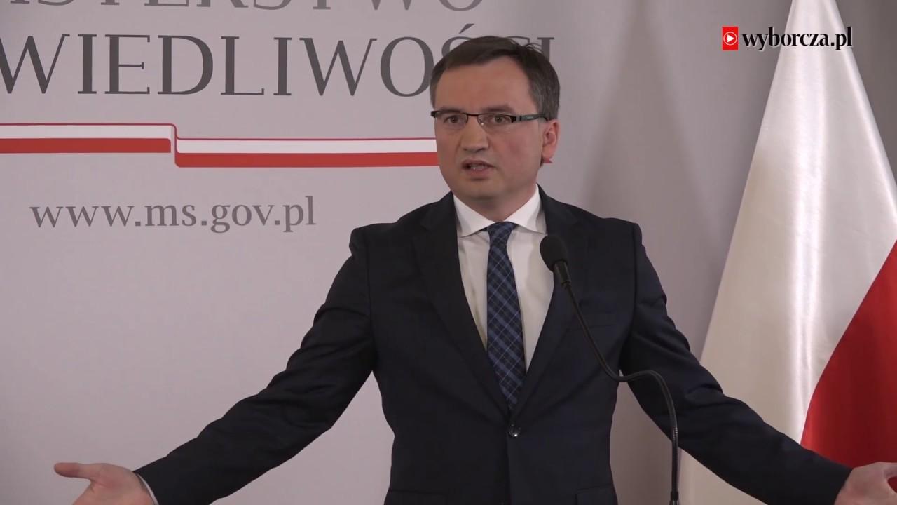 """Kłótnia Zbigniewa Ziobro z dziennikarką """"Gazety Wyborczej"""". Poszło o mowę nienawiści"""