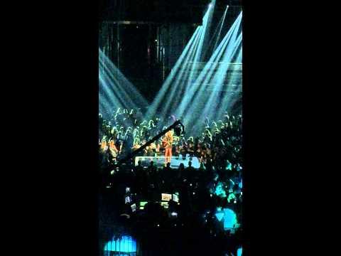 Nobody Love - Tori Kelly Live @ The Billboard Music Awards 2015
