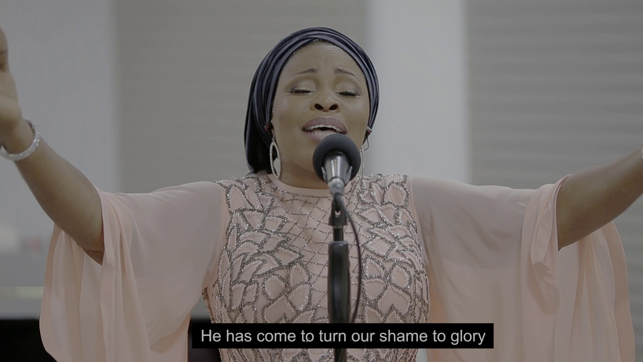Download Tope Alabi - EMI MIMO (HOLY SPIRIT) (Spontaneous Song)- Video