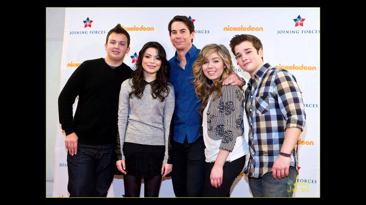 Watch iCarly Online